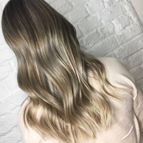 Long, Wavy Layers hair