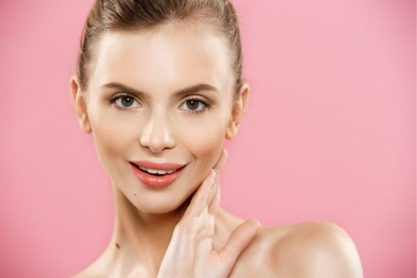 China Clay helps in brightening skin complexion