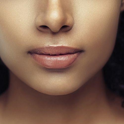 MAC's Light Nude Lip Color For Darker Skin Tones