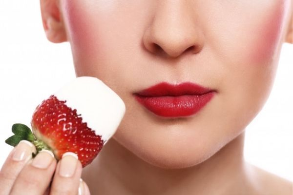 Benefits of strawberry for skin