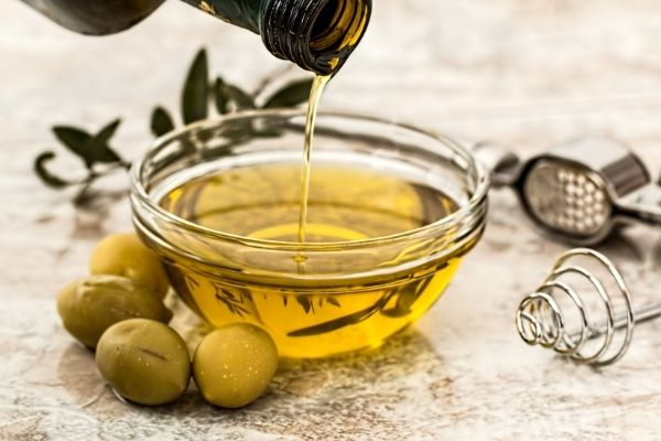 eggs and olive oil mask for hair