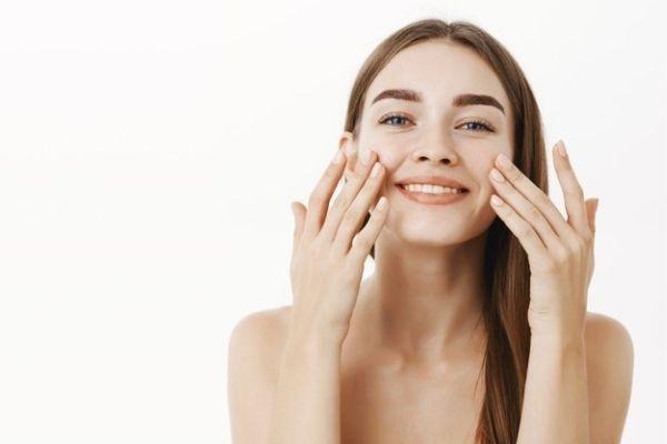 provide hydration and moisturization to skin