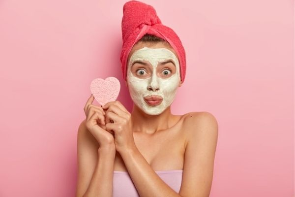 How to use multani mitti on face