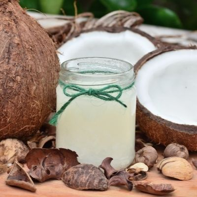coconut oil for thick natural eyebrows