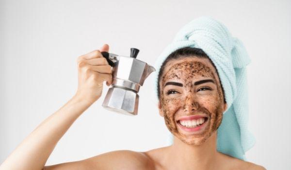 Coffee ScrubFor Saggy Skin