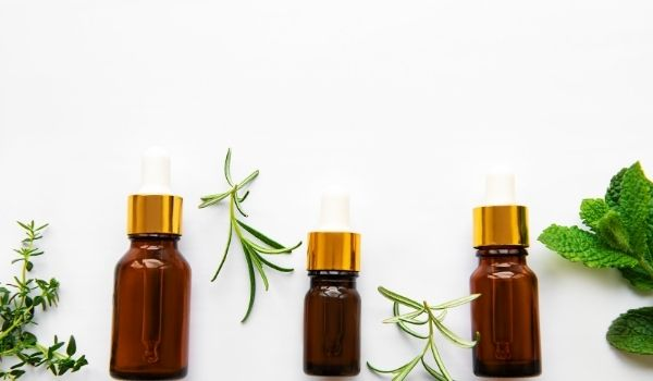 Use Essential Oil On White Spots